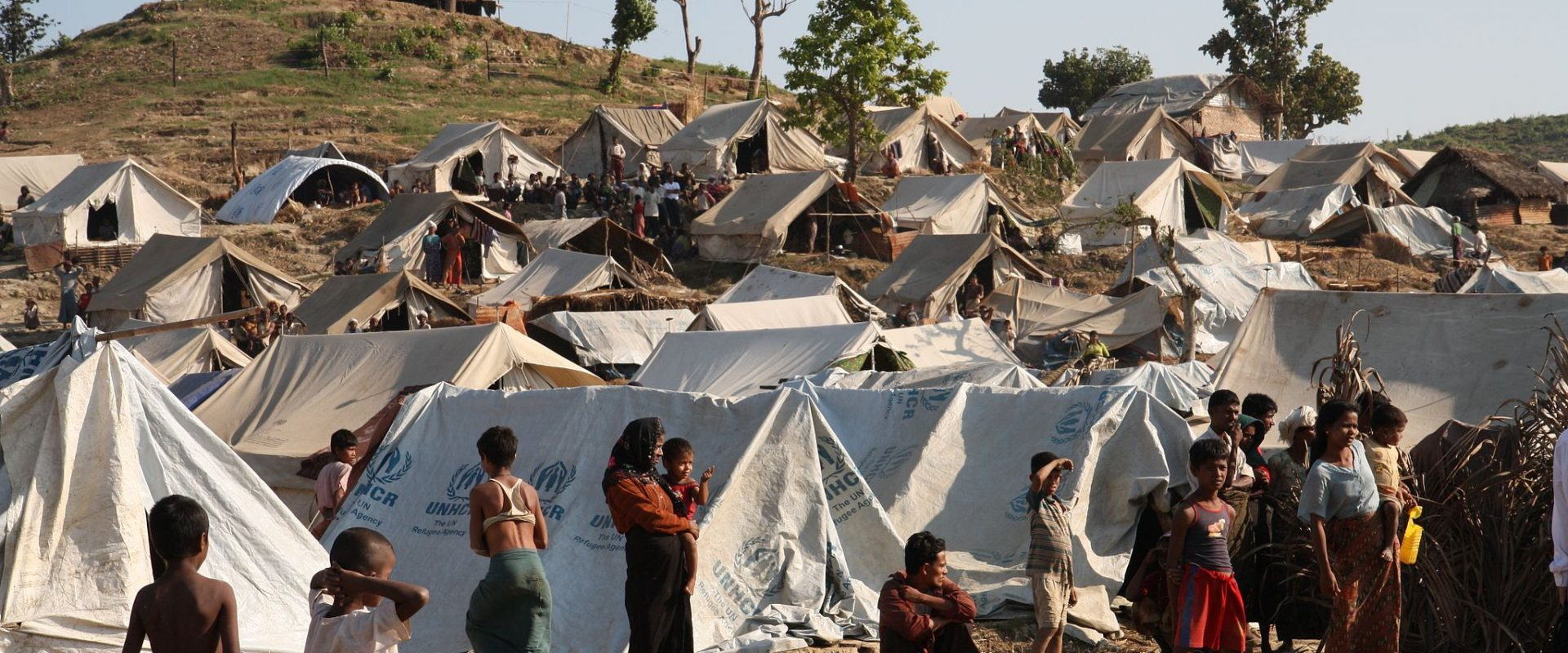 Permalink to: Stranglehold Refoulment: Fear of Constructively Forced Returns of Burmese Refugees as Consequence of Thailand's Combined Human Rights Violations