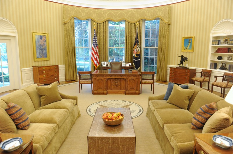 Live Tweeting From The Oval Office
