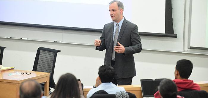 Judge Joseph F. Bianco visited Professor Daniel Capra's Criminal Procedure class.